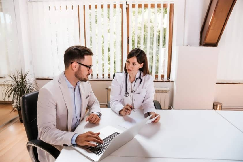 Consultant providing tax planning for doctors
